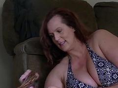 chap-fallen chesty big titty mummy bbw from DesireBBWs.com